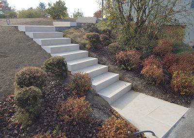 escalier en pierre de Chandoré finition brossé