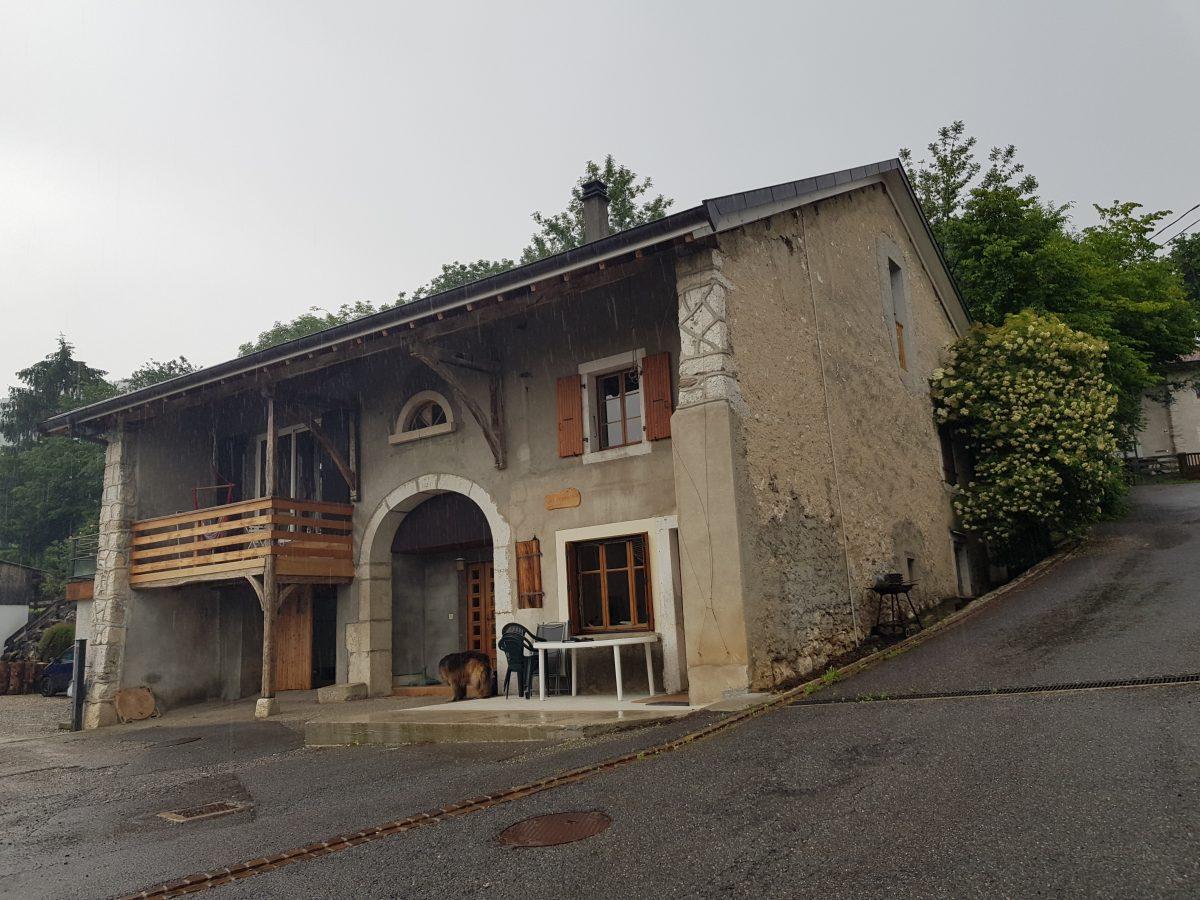 façade à la chaux traditionnel, pierre vue